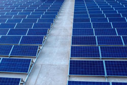 Affittare tetto per fotovoltaico è un'alternativa per chi dispone di capannoni industriali di almeno 2800 mq