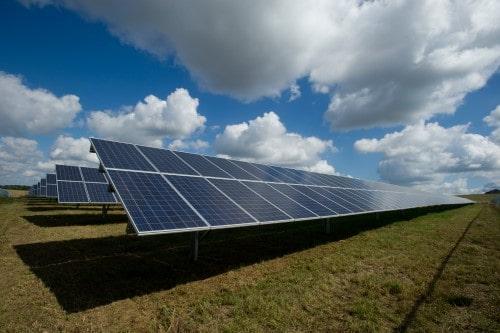 impianto fotovoltaico a terra su terreno agricolo